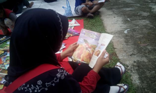 kepergok membaca di Depok