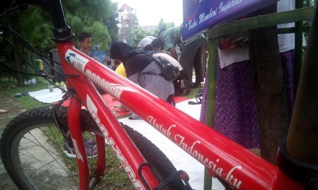 Sepeda Baca Keliling Depok Membaca sepeda cerdas Depok untuk indonesiaku